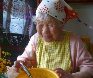 とてもお似合いです~86歳のお誕生日