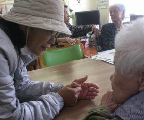 網上老人会の慰問~1番館